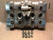 клапанная крышка  Honda  CB1 + винты