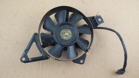 вентилятор охлаждения радиатора  Suzuki  RF400